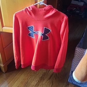 EUC Under Armour  hoodie. Size large.